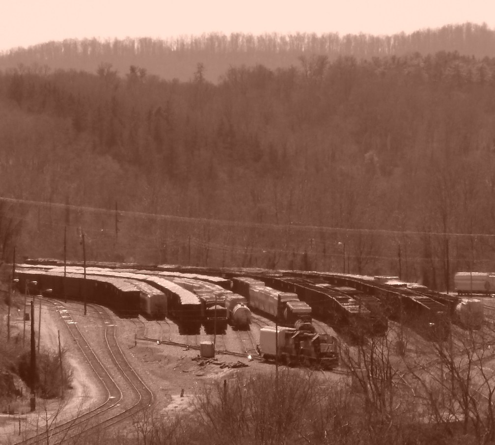 Sepia Trains River Arts District